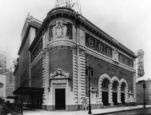 Booth Theatre Exterior, 1913.jpg