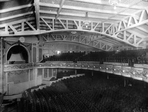 winter garden interior with original trusses and latticework 1911jpg - Winter Garden Theater Nyc