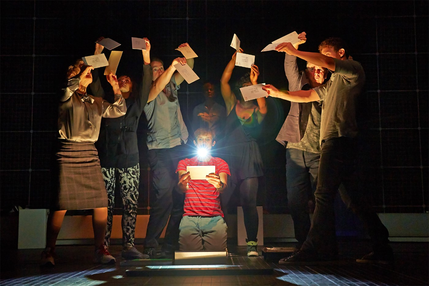 'Curious Incident of the Dog in the Night-Time' dazzles on Broadway - Reuters
