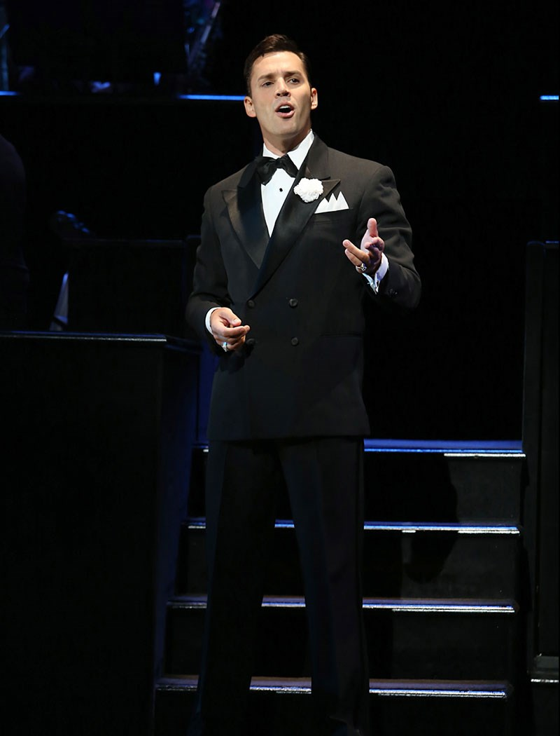 Broadway's Chicago Welcomes Back Ryan Silverman