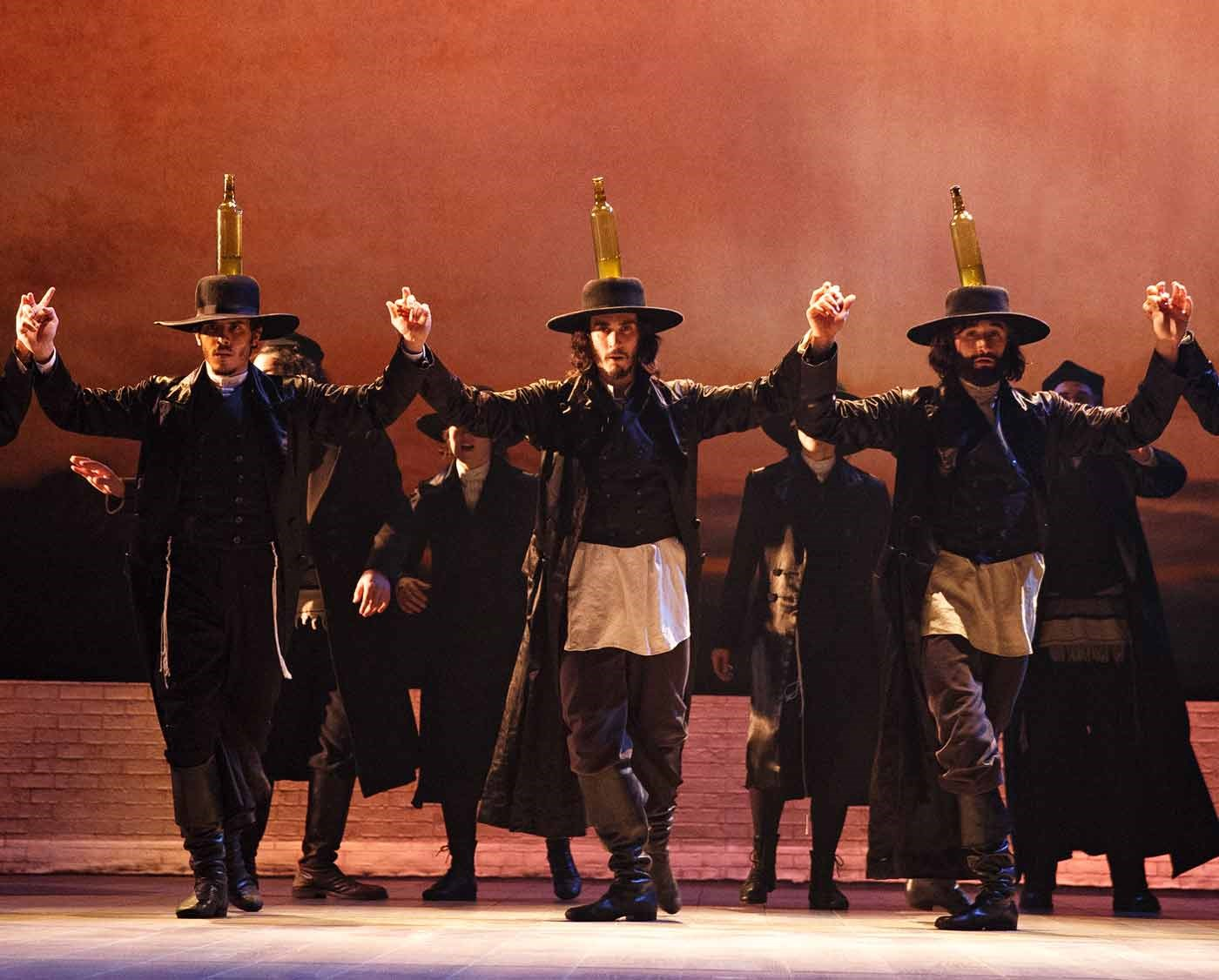 In 'Fiddler,' a Balancing Act to Rival Teyve's